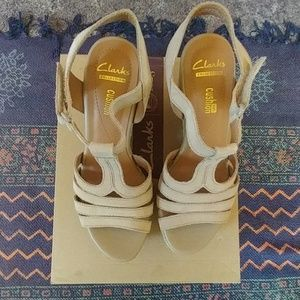 e54dbcd4575 Clarks Shoes -  NWT  Clarks wedge sandal zia reign 6.5
